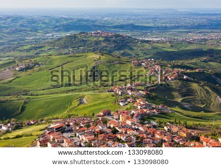 Itália pequeno casa primavera Foto stock © ShustrikS