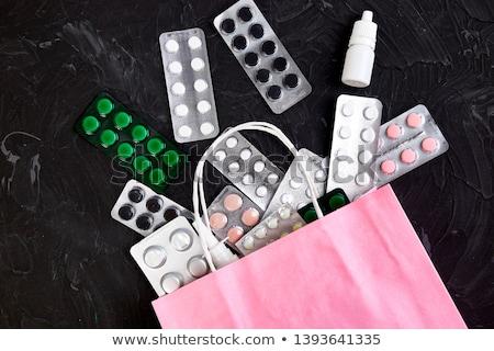Foto stock: Bolsa · de · compras · medicina · pílulas · bolha · escuro · criador