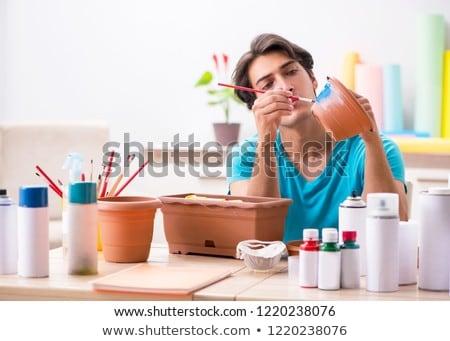 Jonge man aardewerk klasse business werk ontwerp Stockfoto © Elnur