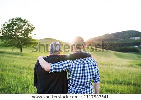 Filho pai floresta prado família árvore telefone Foto stock © Lopolo