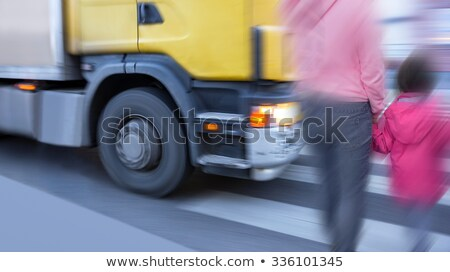 Grand camion deux interstate autoroute route Photo stock © rcarner