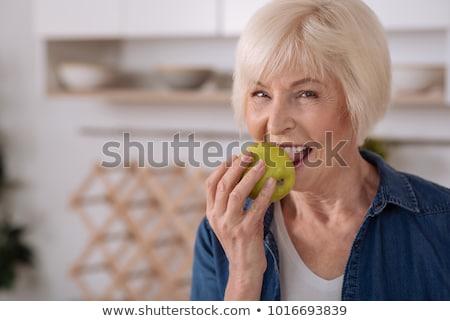 appel · gezond · eten · voedzaam · vrouw - stockfoto © elenaphoto