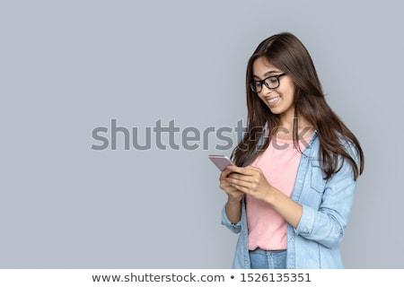 年輕 · 女士 · 常設 · 電話 · 複製空間 - 商業照片 © ra2studio
