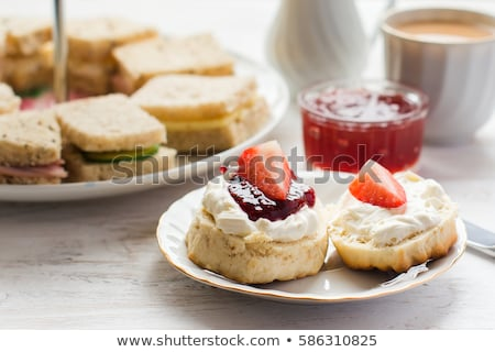 Afternoon tea bladeren beker zwart en wit witte hot Stockfoto © Allegro