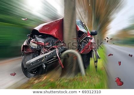 incidente · auto · albero · strada · foresta · arancione - foto d'archivio © kzenon