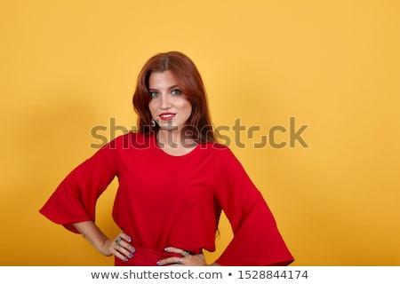 de · moda · hermosa · morena · manos · cintura · nina - foto stock © feedough