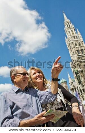 Idősebb pár város térkép férfi városi Stock fotó © IS2