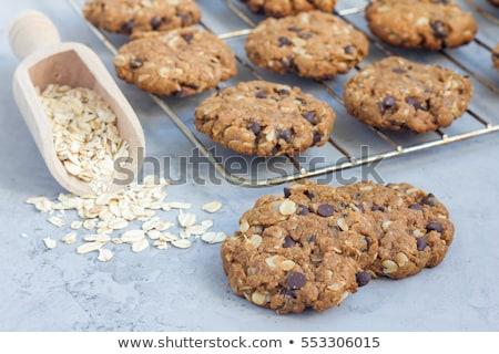 ストックフォト: チョコレート · チップ · クッキー · ピーナッツ · 孤立した · 白