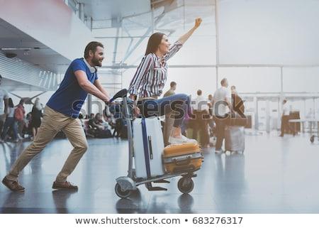 Cuplu călătorie aventură fericit tineri valize Imagine de stoc © choreograph