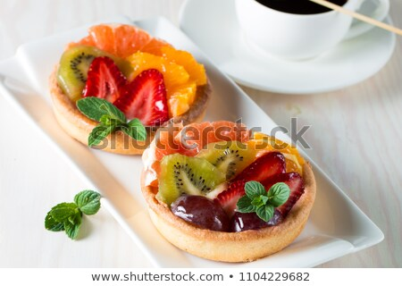 frutas · tarta · alimentos · fresa · postre · Berry - foto stock © M-studio