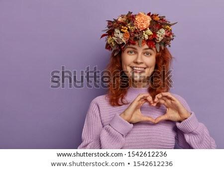 Mulher jovem coroa flor modelo beleza azul Foto stock © acidgrey