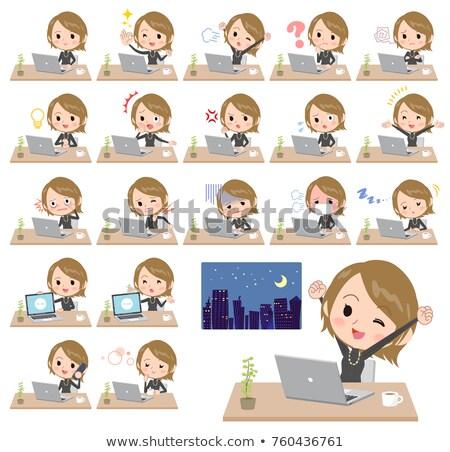 Сток-фото: короткие · волосы · черный · высокий · работу · компьютер · женщину