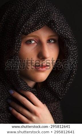 Foto stock: Belo · mulher · jovem · cachecol · cabeça · isolado