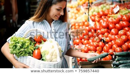 joli · jeune · femme · Shopping · fruits · légumes · belle - photo stock © lightpoet