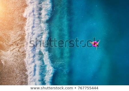 Güzel bir kadın dinlenmek tropikal plaj mutlu genç güzel Stok fotoğraf © dotshock