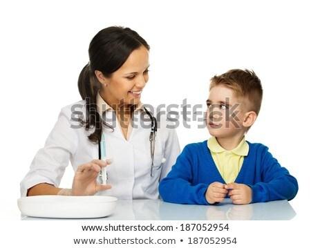 少年 · ユニフォーム · 注入 · 医師 · 子 · 薬 - ストックフォト © nejron
