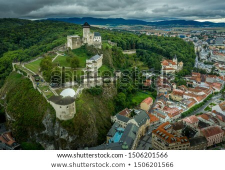 Kasteel Slowakije boven stad westerse gebouw Stockfoto © borisb17