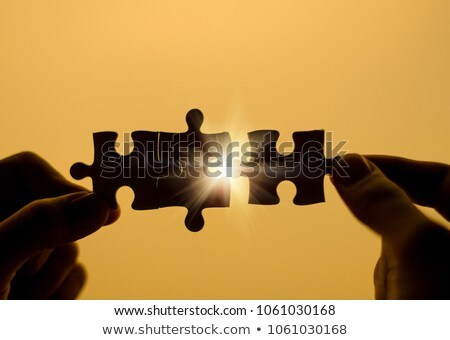 Foto stock: Mujer · que · falta · pieza · rompecabezas · rompecabezas