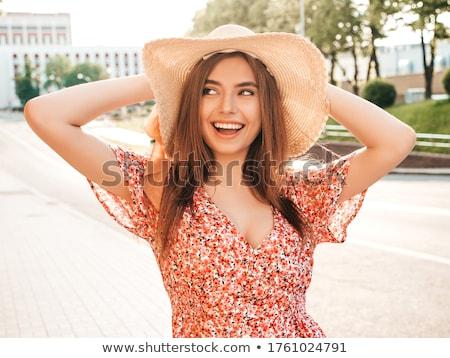 Sexy girl portret witte jurk vrouw voorjaar gelukkig Stockfoto © alexaldo