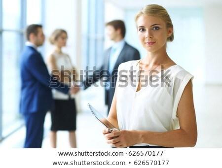 mulher · em · pé · ebook · branco · terno - foto stock © stockyimages