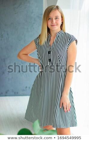 zwart · wit · stijl · portret · vrouw · ruimte - stockfoto © danielkrol