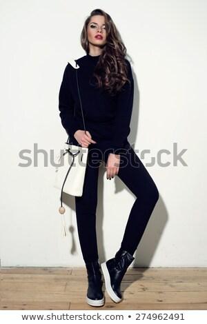 csinos · fiatal · barna · hajú · fekete · kézitáska · nő - stock fotó © acidgrey