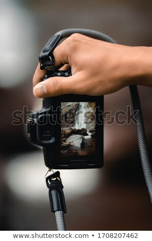 Kadın çekim ateşli silâh göz aşınma revolver Stok fotoğraf © StephanieFrey