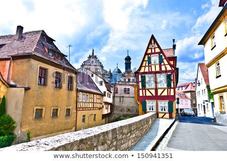 middeleeuwse · huizen · rivier · stad · Europa · mooie - stockfoto © meinzahn