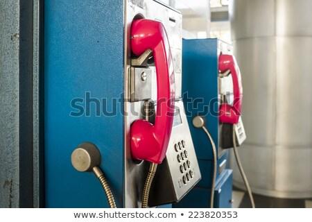 Azul parede cabine ao ar livre telefone Foto stock © boroda