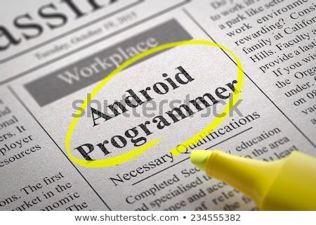 アンドロイド プログラマ 新聞 仕事 ツール ストックフォト © tashatuvango