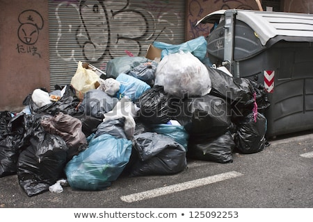 Photo stock: Trash · ordures · plein · contenant · rue · sacs