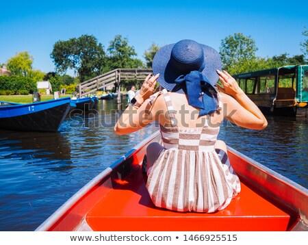 gyerekek · lovaglás · viking · hajó · tenger · illusztráció - stock fotó © bluering