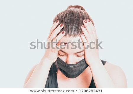 Nő orvosi maszk komoly arckifejezés lány Stock fotó © shyshka