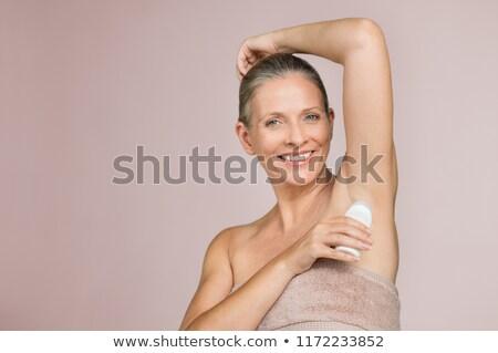 женщину · дезодорант · ванную · красоту · гигиена · утра - Сток-фото © ssuaphoto