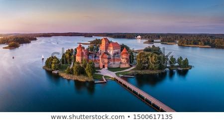 Sziget kastély Litvánia tó épület tájkép Stock fotó © borisb17
