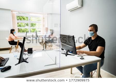 Call center servizio di assistenza indossare maschere faccia contatto Foto d'archivio © AndreyPopov
