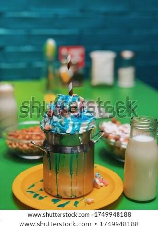 Céréales tueur céréales lait sautant sur Photo stock © chirapbogdan