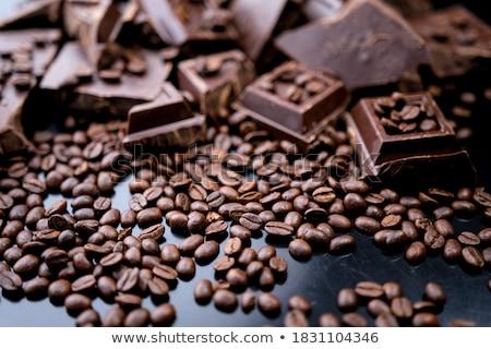 Primer plano granos de café canela nueces café chocolate Foto stock © oly5