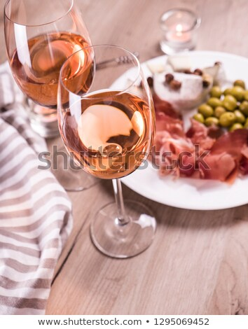 queijo · lanches · vinho · conselho · branco - foto stock © illia