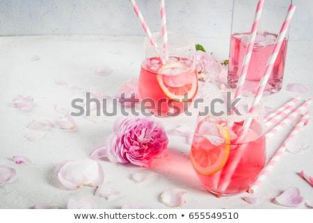 Rosa coquetel champanhe rosa xarope gelo Foto stock © furmanphoto