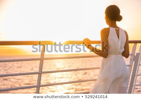 Cruzeiro viajar férias mulher relaxante água Foto stock © Maridav