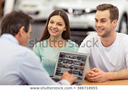 eladó · magyaráz · vásárló · ül · autó · női - stock fotó © wavebreak_media