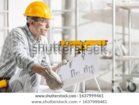 építész térdel férfi dolgozik olvas táska Stock fotó © photography33