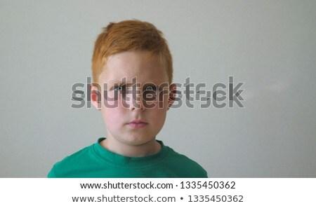 inteligentes · nino · pubertad · acné · cara - foto stock © meinzahn