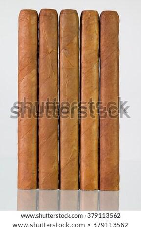 Diferente charutos vidro secretária tabela branco Foto stock © CaptureLight