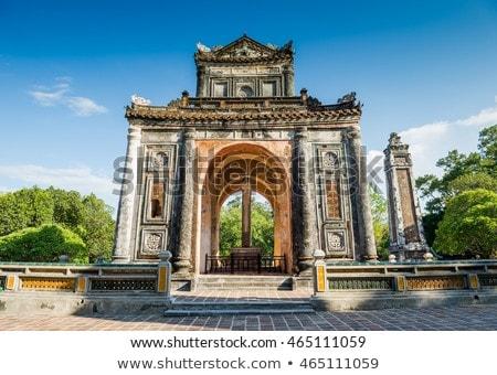 Graf Vietnam zomer dag hemel gebouw Stockfoto © bloodua