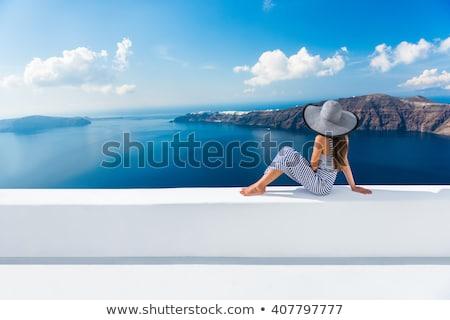 Santorini mulher europa cruzeiro viajar férias Foto stock © Maridav
