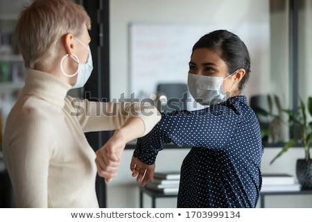 sikeres · orvosi · csapat · beteg · kórház · nő - stock fotó © vladacanon