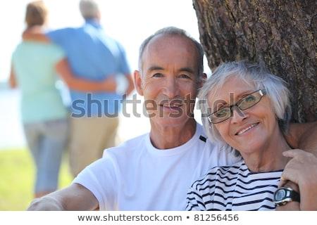 pareja · de · ancianos · sesión · lago · nietos · ninos · hombre - foto stock © photography33