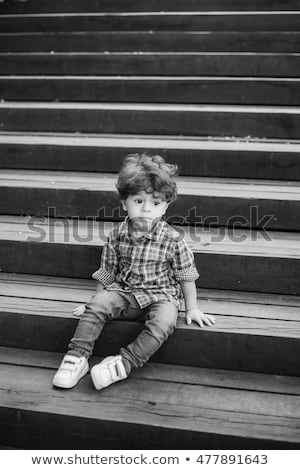 stil · kız · sokak · fotoğraf · siyah · beyaz · mutlu - stok fotoğraf © massonforstock